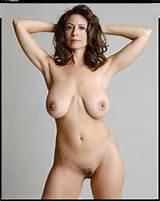 Amateur Big Tits Brunette Mature MILF Saggy