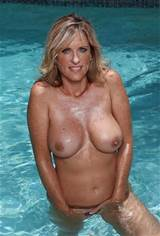 cougar-boobs:Free Milf Cams!