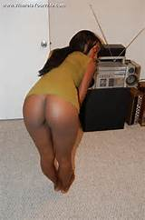 Round ass slim black milf wants it badly from behind in doggy style.