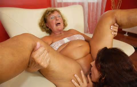 Www Grannies Porn Net Aug 2013 Mature Granny Gets Pussy Eaten