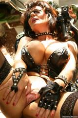 Deauxma Weekly Live Shows On DeauxmaLive Com